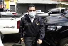 En la imagen, el fiscal general de El Salvador, Raúl Melara, quien mencionó que el presidente, Nayib Bukele, le pidió no procesar penalmente a un candidato a diputado acusado de violencia machista.