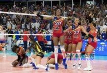 Fotografía de archivo de las jugadoras de la selección de República Dominicana celebran tras vencer al equipo de Puerto Rico, en el campeonato Preolímpico de voleibol y así lograr clasificar a los Juegos Olímpicos de Tokio 2020, el 12 de enero de 2020 en Santo Domingo (República Dominicana). EFE/Orlando Barría