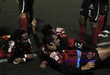 Tras conseguir en diciembre su título 30, el Alajuelense aspira a seguir acercándose al Saprissa, que tiene 35 trofeos en sus vitrinas. En la imagen el registro de otra de las celebraciones del Alajuelense. EFE/Jeffrey Arguedas/Archivo
